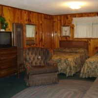 Jesse James – Two room two bath and kitchen lodging for 6 at Mountain Shadows Lodge